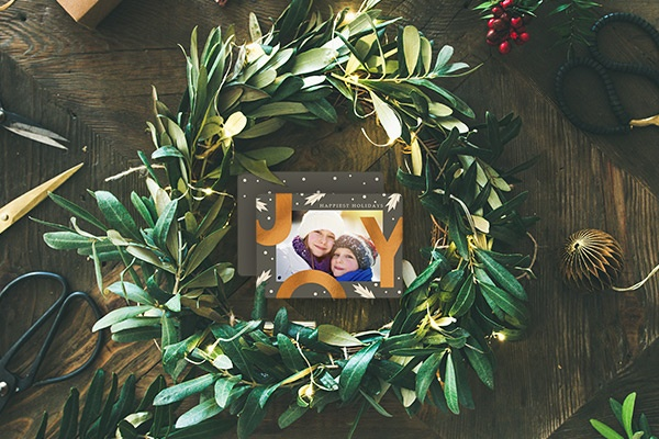 Holiday Home Decor, Unfinished Card Wreath SC1